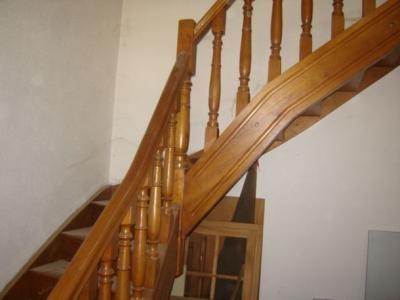escaliers 1/4 tournant à barreaux tournés