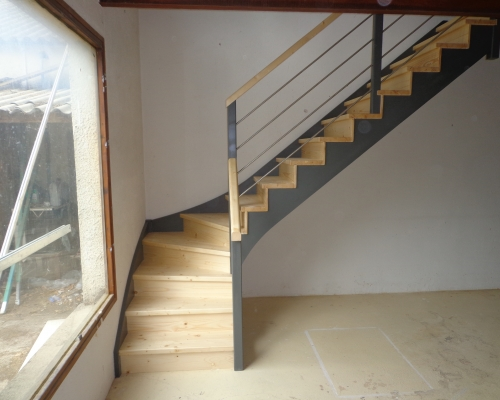 fabrication escalier en bois sur mesure al s gard 30 richard escalier. Black Bedroom Furniture Sets. Home Design Ideas