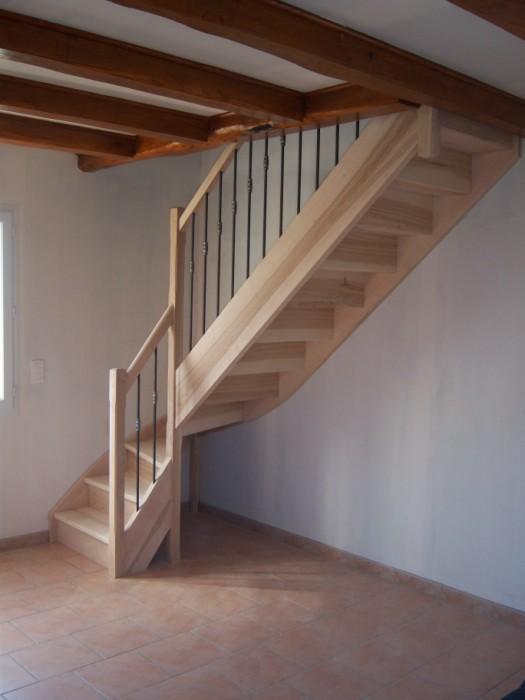 Escalier quart tournant fabricant escalier bois al s for Fabricant escalier bois